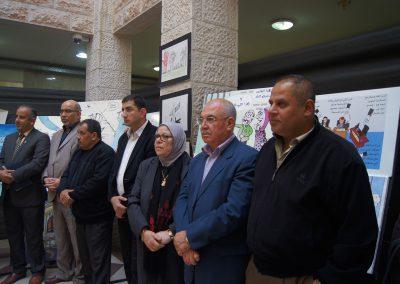 """المعرض الفني حول محاربة الفساد """"بعيون الشباب وطن بلا فساد """"/ طولكرم"""